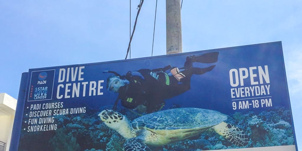 Un centro de buceo certificado en Indonesia